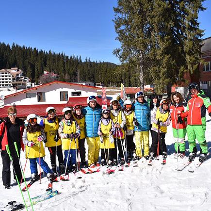 Децата от Родопите получиха грамотите си за завършен курс в Интерски ски училище