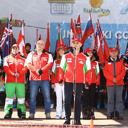 Министърът на младежта и спорта Красен Кралев: Световният елит на инструкторите и треньорите е тук